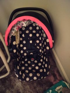 Minnie mouse carseat