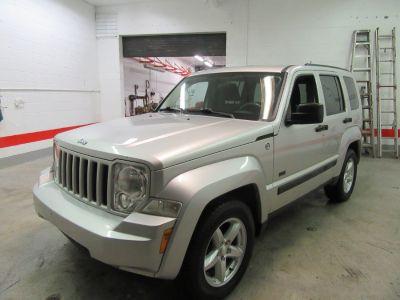 2009 Jeep Liberty Sport (Silver)