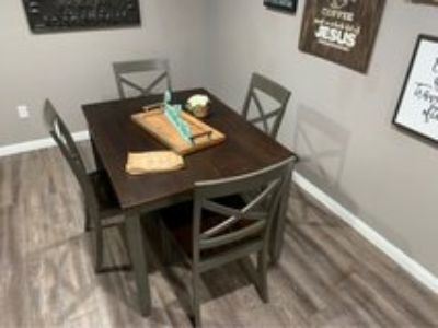 Two Tone Table abs Chairs