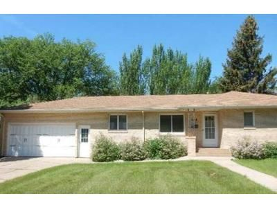3 Bed 1 Bath Foreclosure Property in Bismarck, ND 58501 - N Washington St