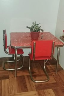 American Girl Doll Table & Chairs