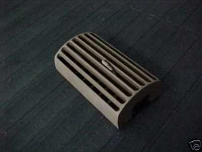 Sell 1994 1998 FORD MUSTANG A/C VENT AIR CONDITION VENTS CONDITIONING motorcycle in Hialeah, Florida, US, for US $14.99