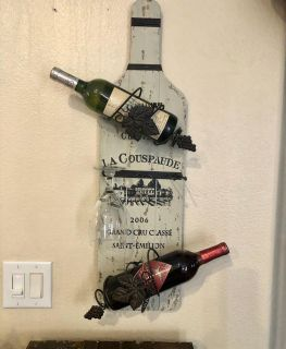Beautiful Wall Hung Wine Holder! Holds 2 bottles & 3 glasses. Great Condition! Wine not included!