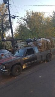 Junk/trash/debris/yardwaste removal