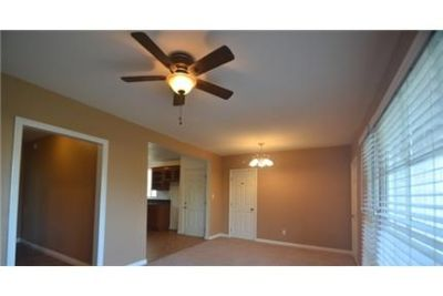 Prominence Apartments 3 bedrooms Luxury Apt Homes