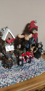 Bear and moose decor all for 8.00