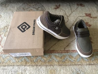 Brand new in box! Size 11. Only taken out of box for picture.