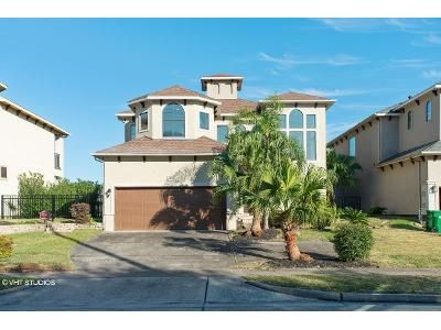 3 Bed 3 Bath Foreclosure Property in Seabrook, TX 77586 - Lakeside Dr