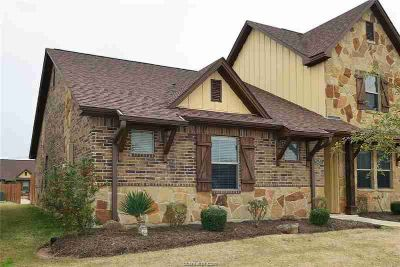 2917 Old Ironsides Drive COLLEGE STATION, Wonderful