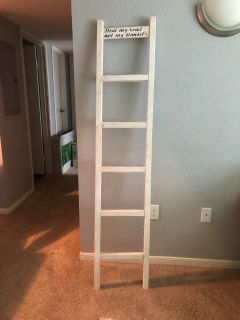 Farm style blanket ladder