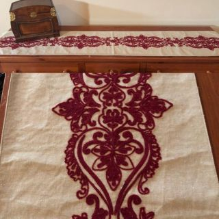 EUC! Linen Table Runner with Deep Red embroidered medallion themed detailing, lovely on table or furniture.