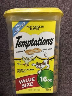 16 ounce tub of Temptations tasty chicken flavored cat treats