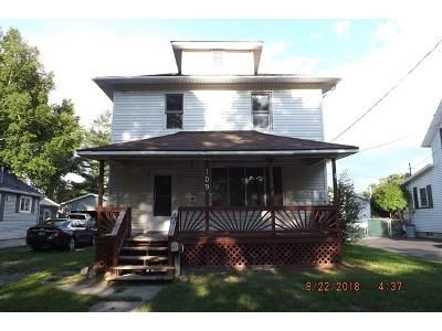 3 Bed 1 Bath Foreclosure Property in Essexville, MI 48732 - Marshall St