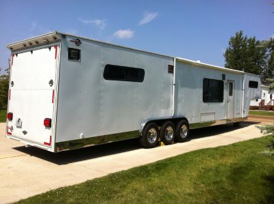 1997 Progressive 44' custom trailer