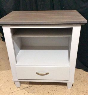 Broyhill Light Gray base, plank look wood top stained Weathered Gray/poly coated