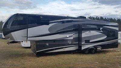 2011 Redwood RV Redwood 36RE
