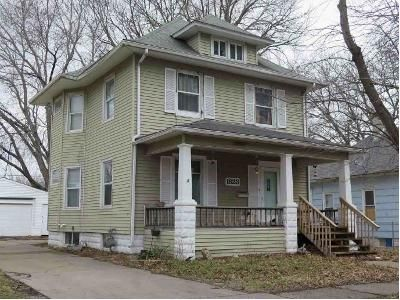 3 Bed 2 Bath Foreclosure Property in Moline, IL 61265 - 4th St
