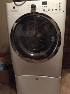 Electrolux front load washer