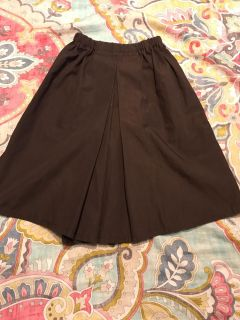 Brown box pleat coulottes