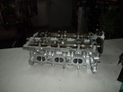 Buy 06--11 KIA Sedona 3.8 CYLINDER HEAD RIGHT motorcycle in West, Texas, United States, for US $295.00