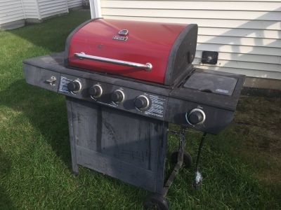 Backyard Grill 4-Burner Gas Grill with Side Burner + Propane Tank
