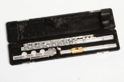 $900 OBO Armstrong Flute