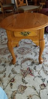 Solid Amish Oak Night Stand Table $140