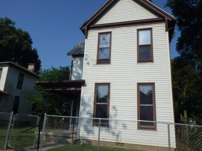3 Bed 2 Bath Foreclosure Property in Richmond, IN 47374 - N 19th St