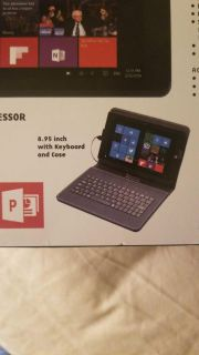 High-definition Windows 10 touchscreen tablet with keyboard and case