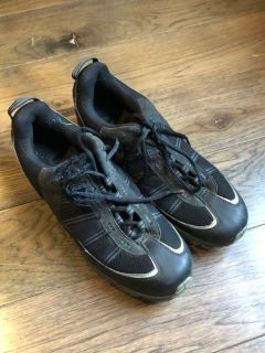 Men s 10.5 Cycling Shoes with Clips