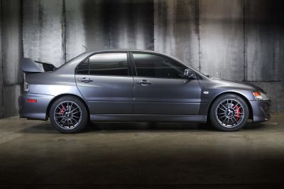 2005 Mitsubishi Lancer Evolution VIII (Grey)