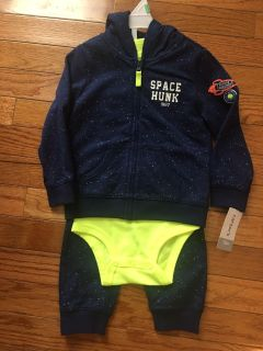 3 PIECE OUTFIT for fall and winter ! CARTERS SIZE 18 months NEW ! Jacket had a hood .