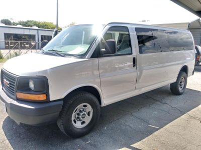 2008 GMC Savana 3500 LS 3500 (White)
