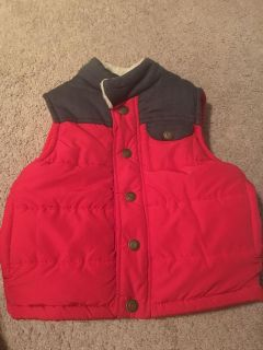 IEC size 2T red and grey vest