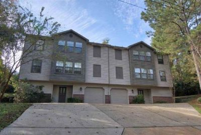 3 Story Townhome In Daphne
