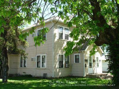 Apartment Rental - 703 S. Crysler Unit
