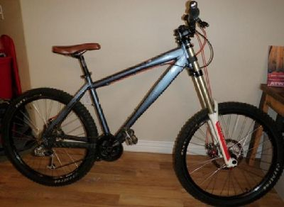 $1,199 OBO **Price Reduced!!** Norco Manik 18 with RockShox Boxxer World Cup