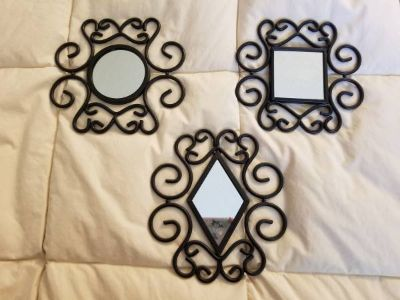 3 black metal mirror front wall decor