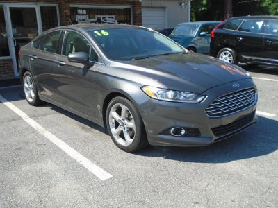 2016 Ford Fusion S (Grey)