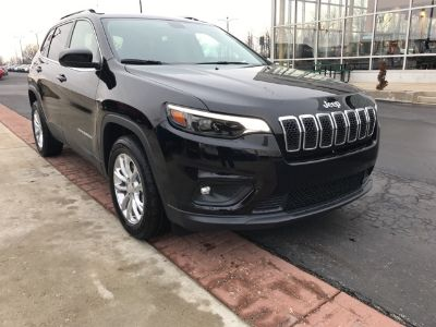 2019 Jeep Cherokee Latitude (Diamond Black)