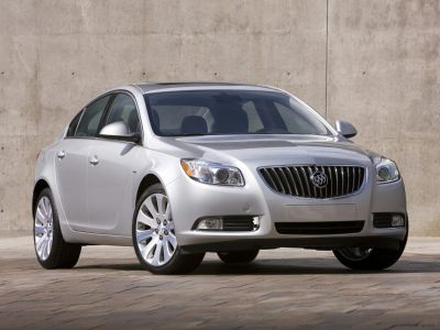 2013 Buick Regal Premium 2 (Crystal Red Tintcoat)