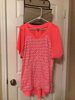 Women's boutique blouse. Bright pink and white. Size 2X. Super cute! $6