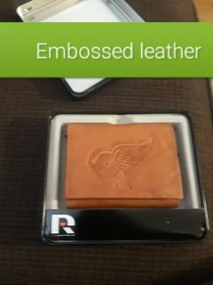 Detroit red wins leather wallet