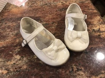 Toddler size 7.5 shoes