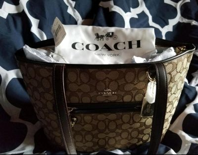 COACH HAND BAG Brand new with tags coach bag
