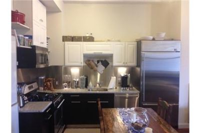 Extra large downtown 1 Bedroom apartment /w Washer & Dryer in Unit & extra storage