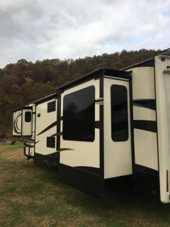 2014 Keystone Alpine 3500 RE