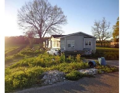 3 Bed 2 Bath Foreclosure Property in Belle Rose, LA 70341 - Highway 1001