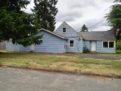 4 Bed 1.5 Bath Foreclosure Property in Longview, WA 98632 - 34th Ave