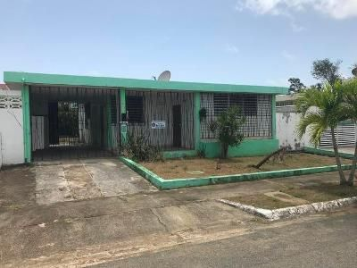 3 Bed 2 Bath Foreclosure Property in Carolina, PR 00983 - Calle 114